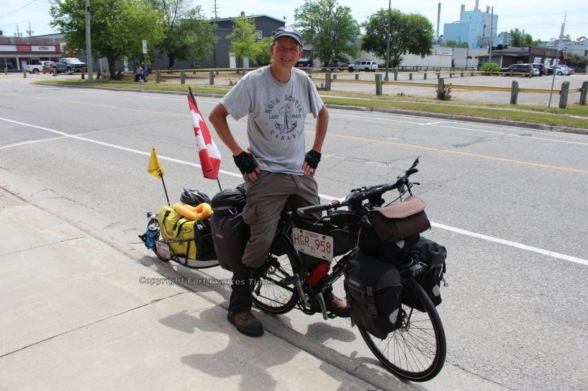 Cyclist finds kindness in Fort Frances on way to Argentina