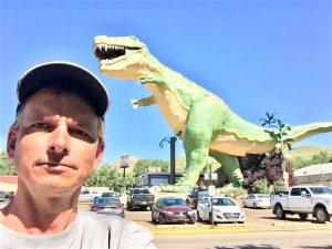 worlds largest dinosaur statue