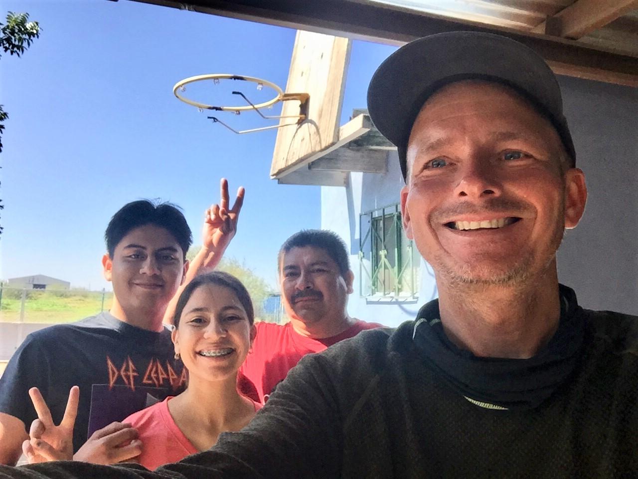 Raul Recio and his family